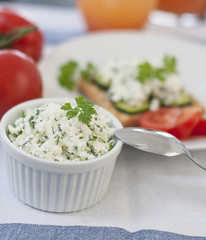 cottage cheese and tomato breakfast
