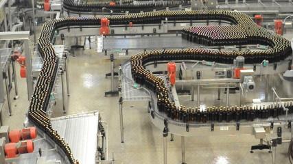 Fliessband Getränkeabfüllung Brauerei/Conveyor Bottling Brewery