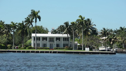 Expensive waterfront real estate in Florida