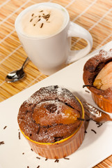 Schoko Birnen Muffin Kaffee