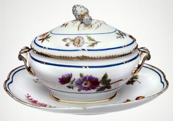 Porcelain Tureen -  Sopera de Porcelana