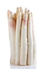 A bunch of white asparagus with a rope