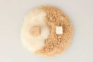 Pattern of white sugar and brown sugar