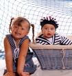frère et soeur en petits marins