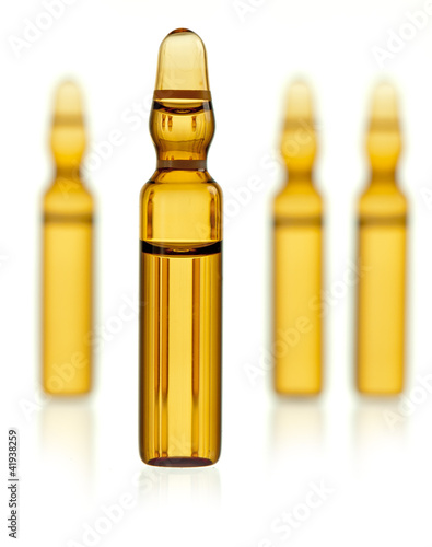Ampoule containing medicament
