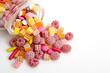 Ausgeschüttete Süßigkeiten