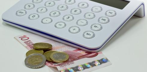 moneta con calcolatrice
