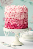 Fototapety Pink ombre cake