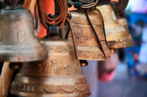 Leinwanddruck Bild cloches,carillons,vaches,terroir