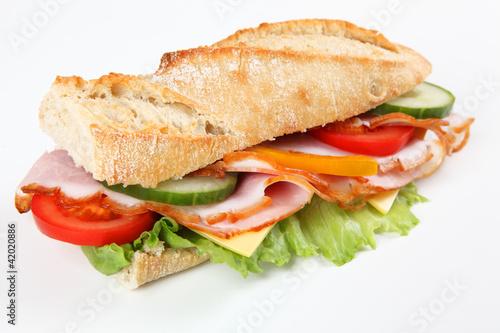 Baguette mit Schinken und Käse - 42020886