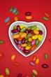 Bonbons in Herzschale