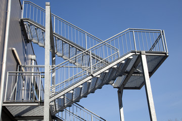 Lagerhalle - Lager - Treppe