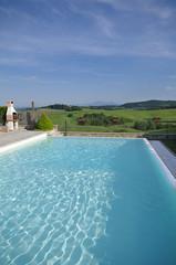piscina sulle colline