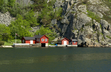 Cottage near the fjord