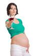 Schwangere trinkt Rotwein