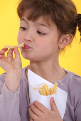 Girl eating Chips
