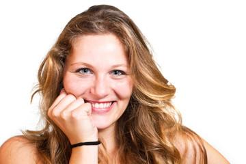 ragazza sorridente su sfondo bianco