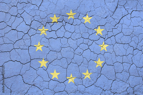 Cracked EU Flag