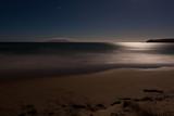 Fototapety Romantic moonlight ocesn sand beach, long exposure