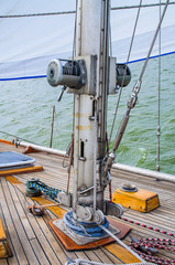 The mast sailing yacht. Photo Close-up