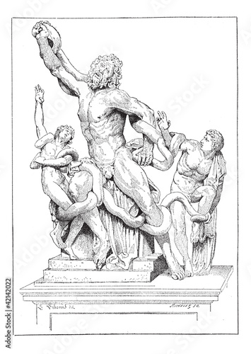 Laocoon and his sons, vintage engraving.