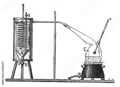 Apparatus for Measuring the Latent Heat of Vaporization of a Liq