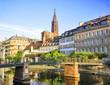 Leinwanddruck Bild - Quais de Strasbourg, cathédrale en arrière plan