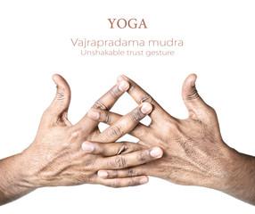 Yoga vajrapradama mudra