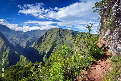 Sentier de randonnée en montagne - La Réunion