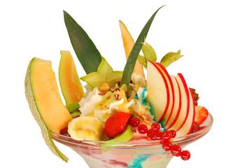 Eisbecher Double Cup mit Früchten