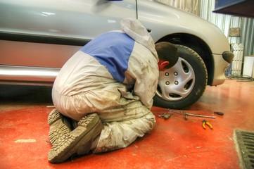 mécanique automobile - atelier de réparation