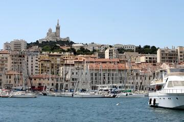 Vieux-port et quai de Rive Neuve à Marseille