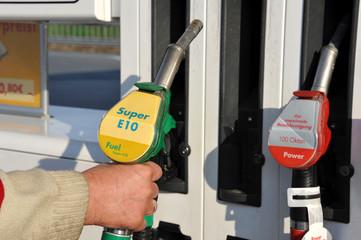Tankstelle, Super, E10, Ethanol, Bioethanol, Kraftstoff,