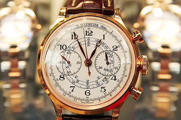 Elegant Hand Watch