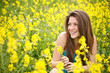Girl whit yellow flowers