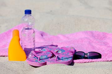 Sonnenbaden am Sandstrand der Ostsee