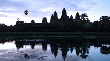 Panning across Angkor Wat to review Sunrise.