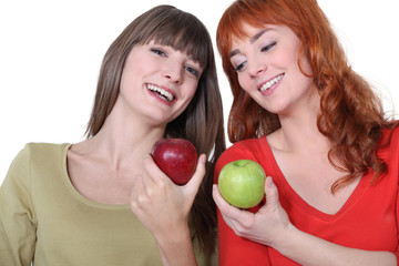 Women with apples in hand