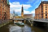Fototapety Hamburger Speicherstadt mit Katharinenkirche