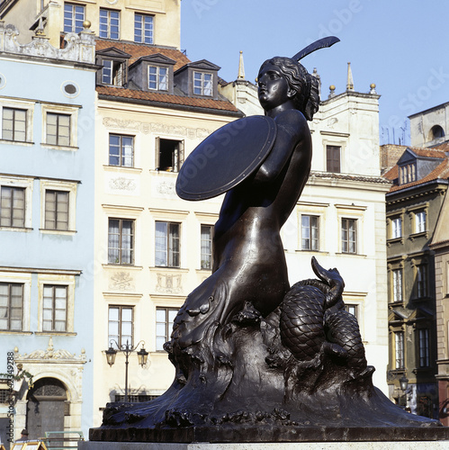 The mermaid - Syrena - is the symbol of the city of Warsaw (Pola © pbombaert