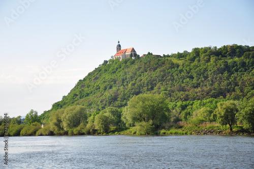 Leinwandbild Motiv Bogenberg mit Donau