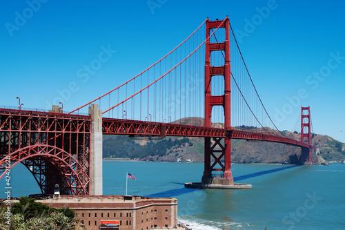 Golden Gate bridge in San-Francisco