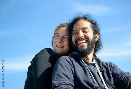 verliebes Paar lacht