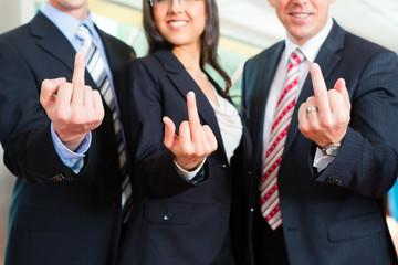 Business -  Gruppe von Geschäftsleuten in Büro