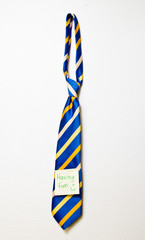 neck tie with post it