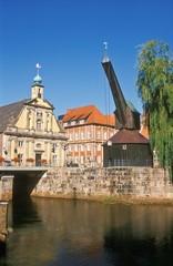 Alter Kran und altes Kaufhaus Lüneburg