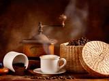 Fototapety Caffè tostato e macinato con cappuccino caldo