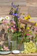 Kräuter Wiesenblumen Vase