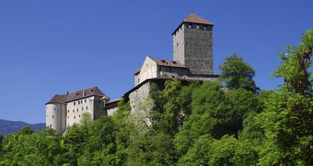 Der Stolz von Tirol - Meran-Schloß Tirol