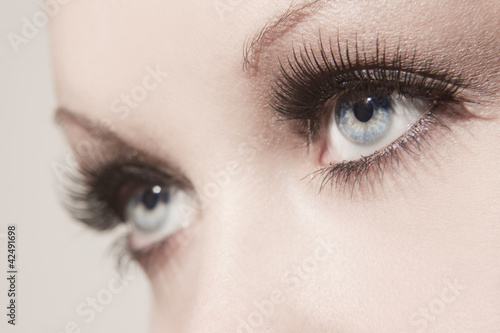 canvas print picture beautiful woman eyes